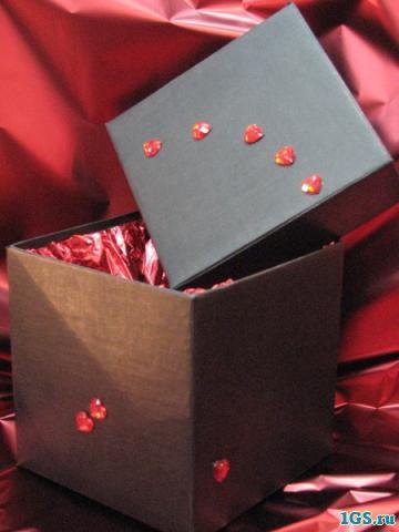 Как упаковать подарок разным людям?